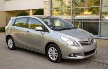 Toyota Corolla Verso Bérlés